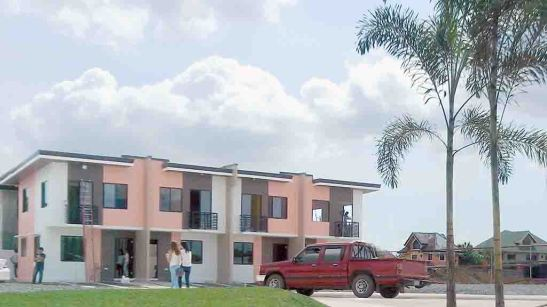 monteirra-model-home-units