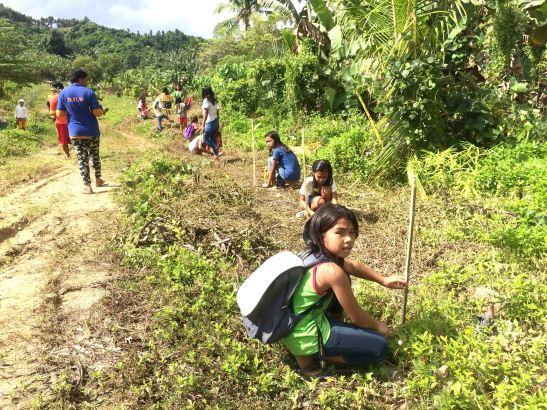Pinamungahan tree planting (1)-2